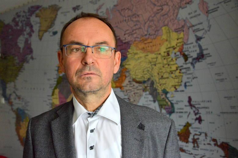 """Dr Dariusz Saletra, prezes przychodni """"Artimed"""" uważa, że jest to dobre rozwiązanie, korzystne dla pacjentów."""