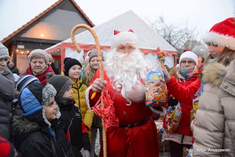 Świąteczny jarmark w Pszczewie [ZDJĘCIA]