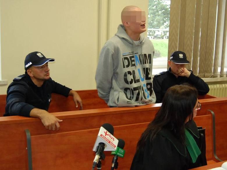Sylwestrowi B. za popełnione przestępstwa grozi do 8 lat za kratami. Do wszystkich się przyznał i poprosił o 5 lat.