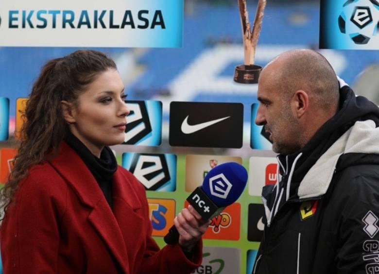 Trener Michał Probierz (z prawej) to jedna z barwniejszych postaci w Lotto Ekstraklasie i jeden z bardziej wymagających rozmówców. Sonia Śledź twierdzi jednak, że takie osoby stanowią ciekawe wyzwanie.