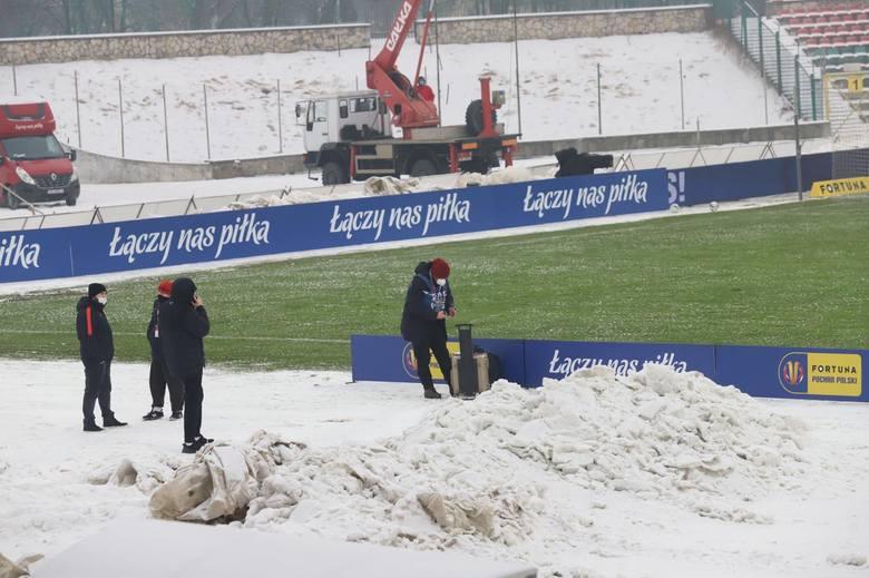 Fortuna Puchar Polski. Choć Puszcza Niepołomice jest dopiero na początku przygotowań do rundy wiosennej, a Lechia od dwóch tygodni jest w grze, to i