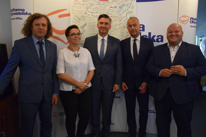 - Każdy powiat będzie miał swojego reprezentanta na liście – mówił  w Gorzowie senator Waldemar Sługocki, przewodniczący PO w regionie. Zapowiedział,