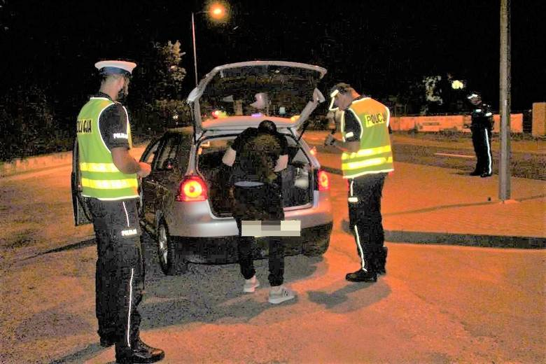 Podczas działań zatrzymano jedną osobę, która kierowała pojazdem w stanie nietrzeźwości