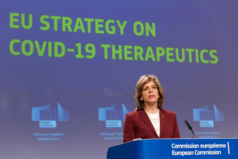 """Jest plan Komisji Europejskiej na dalszą walkę z pandemią. """"Trzy leki przeciwko COVID-19 do końca października"""""""