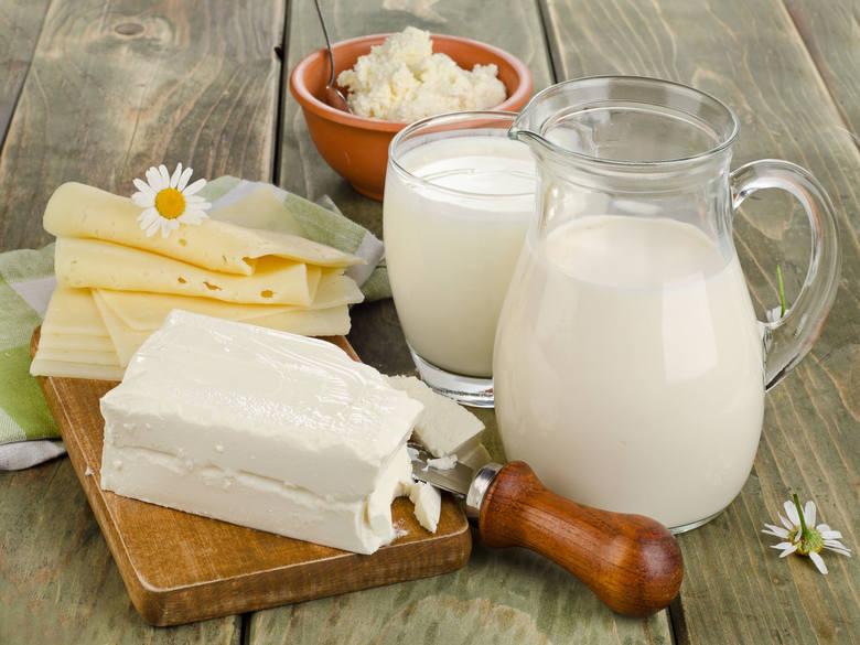 W diecie śródziemnomorskiej - produkty mlecznie nie powinny być pomijane - stanowią bowiem źródło wapnia.