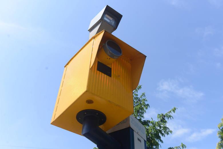 Oto fotoradary na Dolnym Śląsku, które robią najwięcej zdjęć kierowcom przekraczającym prędkość.Dotarliśmy do danych o liczbie przypadków przekroczenia