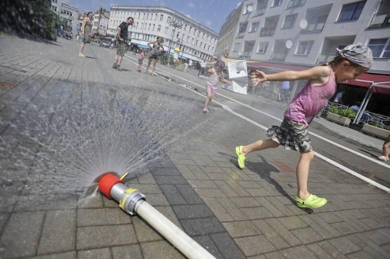 Opolski ratusz skąpi pieniędzy na kurtyny wodne