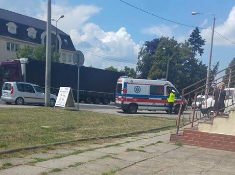 Do wypadku doszło w piątek (27 lipca) około południa na ul. Słubickiej w Krośnie Odrzańskim. O sprawie jako pierwszy poinformował nas na facebooku Czytelnik
