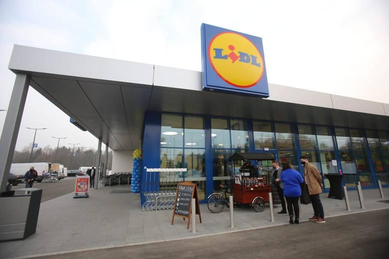 ZAROBKI W LIDLULiczba pracowników sieci Lidl stale się zwiększa - otwierane są nowe sklepy, powstają więc kolejne miejsca pracy. Jak twierdzą przedstawiciele