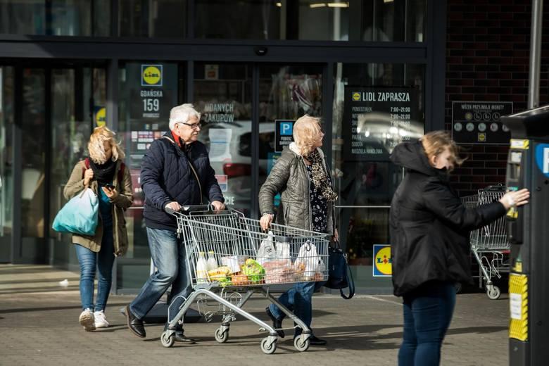 Ranking Dzielnic Otodom prezentuje dane dotyczące dostępności sklepów w okolicy z 12 największych miast w Polsce. W skali od 1 do 5 oceniano czy w pobliżu