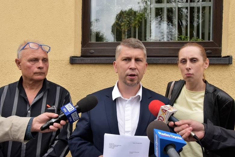Złożenie doniesienia do prokuratury na biskupa Andrzeja Czaję
