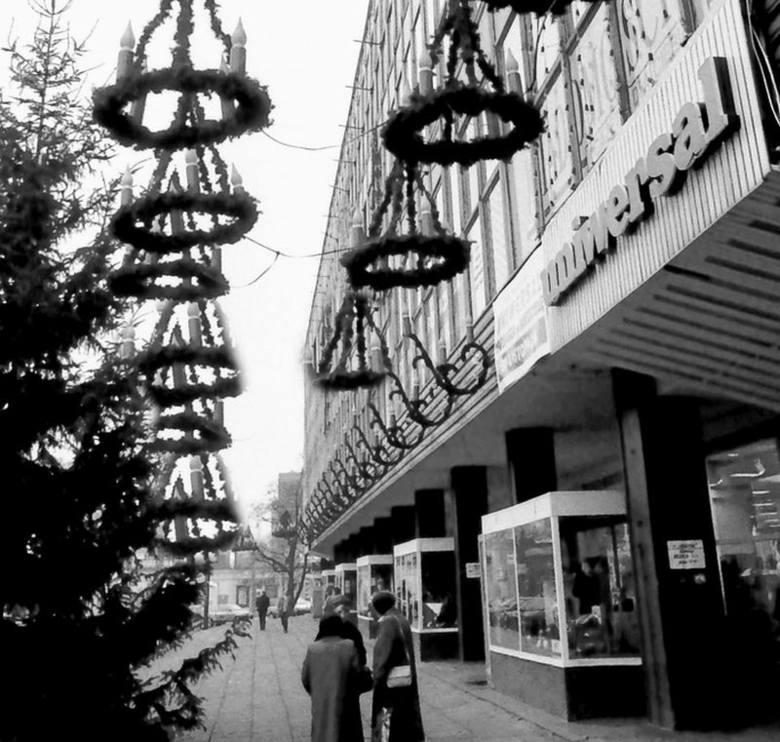 Świąteczne witryny łódzkich sklepów w PRL-u [ZDJĘCIA]