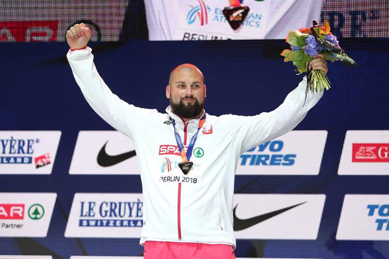 W środę Michał Haratyk i Konrad Bukowiecki odebrali złoty i srebrny medal mistrzostw Europy w Lekkoatletyce. Ceremonia odbyła się nie na Stadionie Olimpijskim,