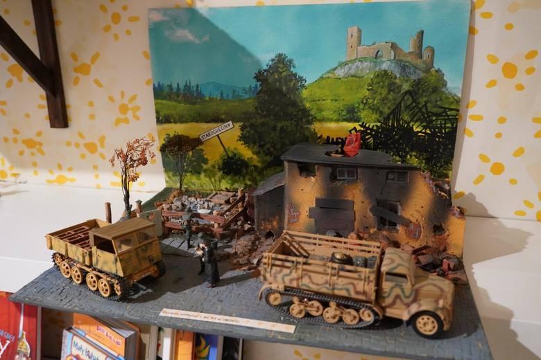 Wystawa zabawek militarnych w Muzeum Wojska w Białymstoku.