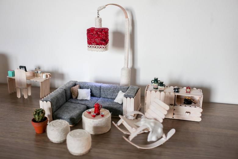 Bydgoszczanka trafiła do Teleexpressowej Galerii Ludzi Pozytywnie Zakręconych. Z filcu i patyczków po lodach potrafi zrobić cuda