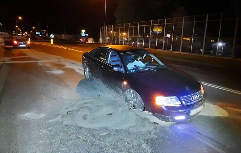 W Przemyślu pijany 34-letni kierowca audi A6 staranował Rondo Paderborn [ZDJĘCIA]