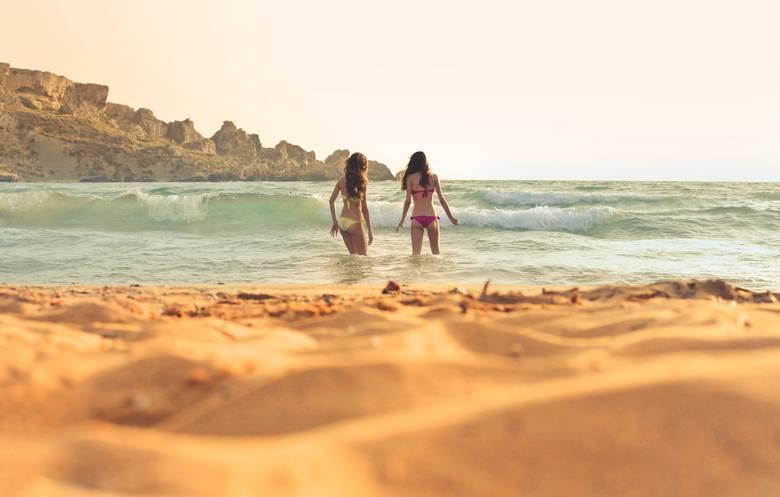 Koronawirus a wakacje za granicą. Sprawdź aktualne informacje wyjazdowe