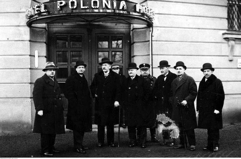 Wizyta ministra robót publicznych Jędrzeja Moraczewskiego w Poznaniu - 1929 rok.Przejdź do kolejnego zdjęcia --->