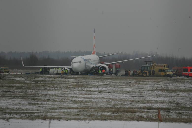 12 marca 2013 roku, kilka minut przed godziną 19:00 w trakcie lądowania samolot linii lotniczej Travel Service z Sharm el-Sheikh zatrzymał się kilka metrów poza drogą startową blokując ją. Na pokładzie znajdowało się 179 pasażerów i 6 członków załogi, nikomu nic się nie stało. Jednak lotnisko...