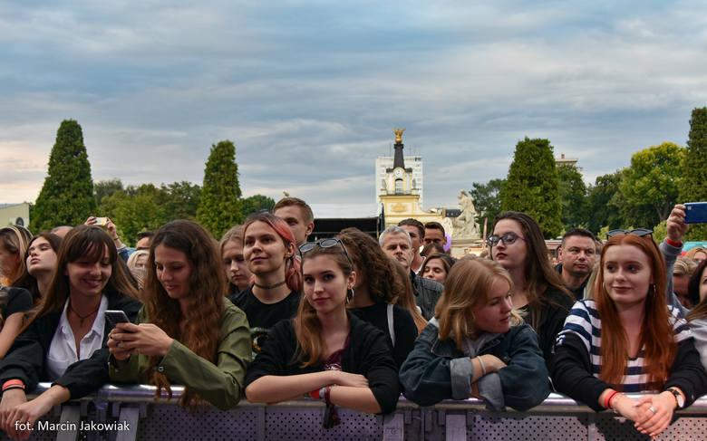 W miniony weekend (13-14 lipca) w Białymstoku na dziedzińcu Pałacu Branickich odbyła się druga edycja muzycznego wydarzenia – New Pop Festival. Wystąpiły