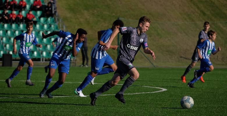 Trwa dwudniowy międzynarodowy turniej do lat 15 Arłamów Cup. W pierwszy meczu Hertha Berlin przegrała z Legią Warszawa 1:2 (1:1).Zobacz także: Arłamów