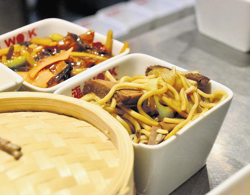 Kuchnia chińska Pali ogniem, uspokaja miodem   -> Kuchnia Amica Nie Pali Palnik