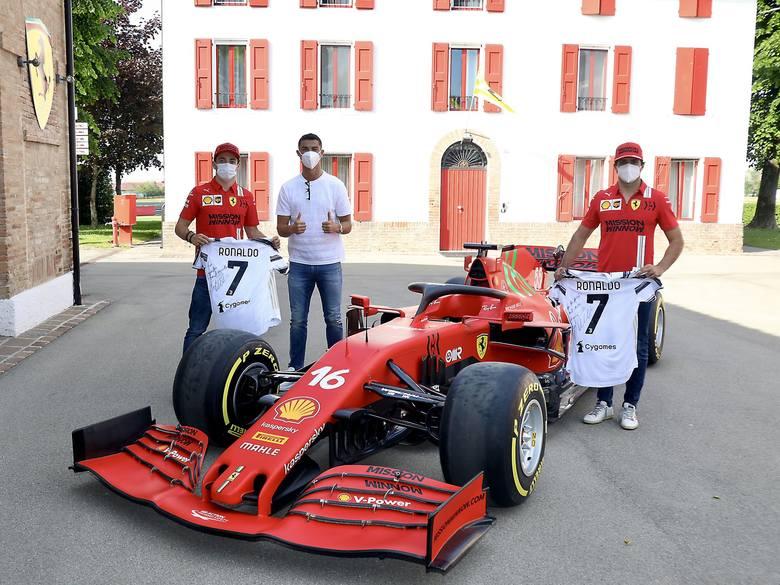 Ronaldo zamiast na trening pojechał do fabryki Ferrari. Kupił nowy samochód?
