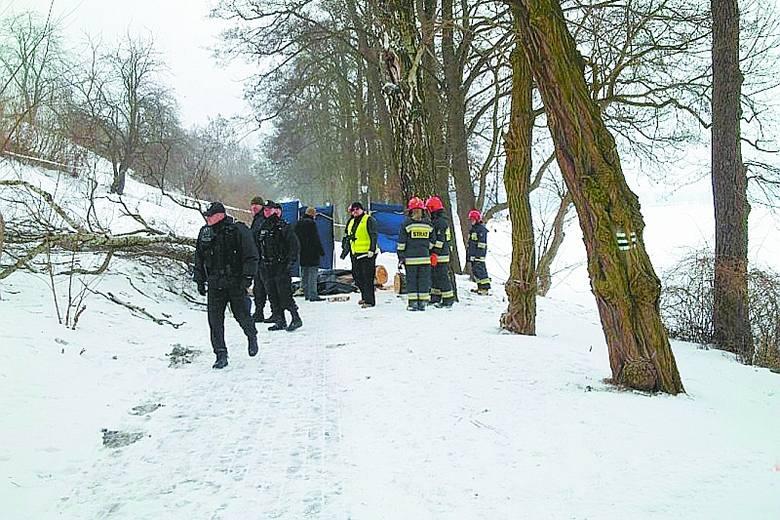 Promenada jest ulubionym miejscem spacerów ełczan i turystów. Wczoraj w wyniku nieszczęśliwego wypadku zginął tam mężczyzna.