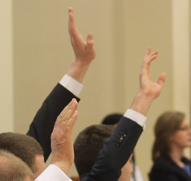 Trzynastka pechowa dla prezydenta Włocławka. Radni nie przywrócili mu odebranych uprawnień