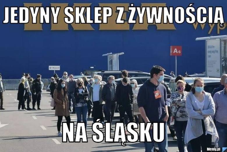 Internauci od lat śmieją się z IKEA. Zobaczcie najlepsze memy. Każdemu przyda się trochę śmiechu. Zobacz kolejne zdjęcia. Przesuwaj zdjęcia w prawo -