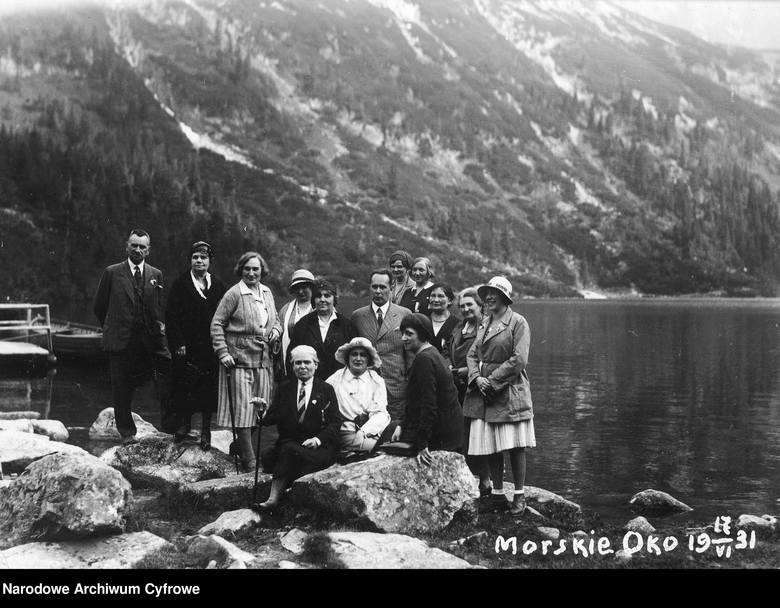 Od morza do gór: atrakcje turystyczne Polski na archiwalnych zdjęciach. Jak się zmieniły w ciągu wieku?