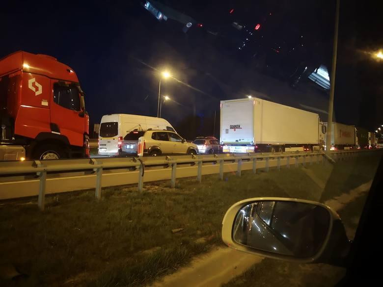 Gigantyczny korek na obwodnicy Trójmiasta w kierunku Łodzi.
