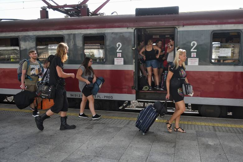 Walka o dodatkowe pociągi na Pol'and'Rock