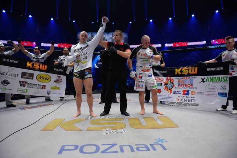 Michał Włodarek po powrocie do klatki KSW imponuje formą. Czy poradzi sobie też z legendą królewskiej kategorii, pochodzącym z Sarajewa Dejanem Stoj
