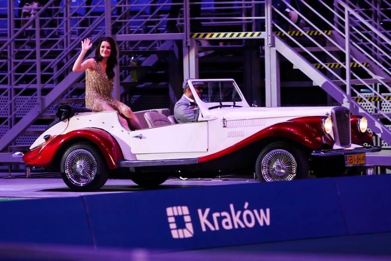 W krakowskiej Tauron Arenie odbył się benefis Agnieszki Radwańskiej. Najlepsza polska tenisistka, która w listopadzie ogłosiła zakończenie sportowej
