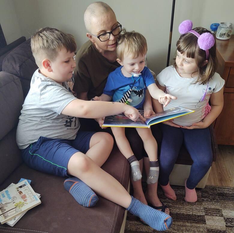 Anna Głuch - mama czwórki dzieci dzielnie walczy z rakiem. Każdy z nas może jej w tej walce pomóc
