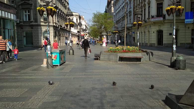 Ulica Kneza Mihaila to deptak prowadzący do twierdzy na Kalemegdanie.