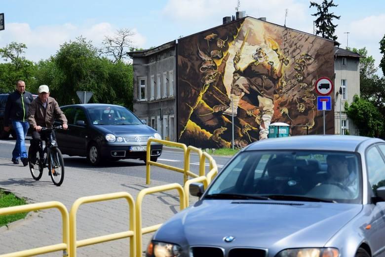 Kruszwica wzbogaciła się o kolejną atrakcję turystyczną. Nad Gopłem, niedaleko Mysiej Wieży i Kolegiaty, tuż przy drodze krajowej, powstał mural. Dzieło