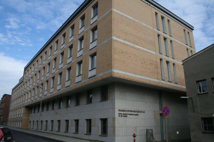Szpital miejski w Piekarach Śląskich czekają zmiany - cięcia kosztów i zwolnienia. Zobacz kolejne zdjęcia. Przesuwaj zdjęcia w prawo - naciśnij strzałkę