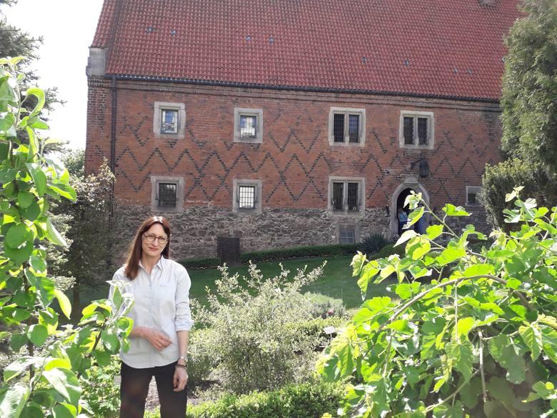 - Zielnik Marcina z Urzędowa zbudowany jest z emocji i chęci poprawienia błędów wcześniejszych autorów herbarzy - mówi Anna Suchecka.<br />