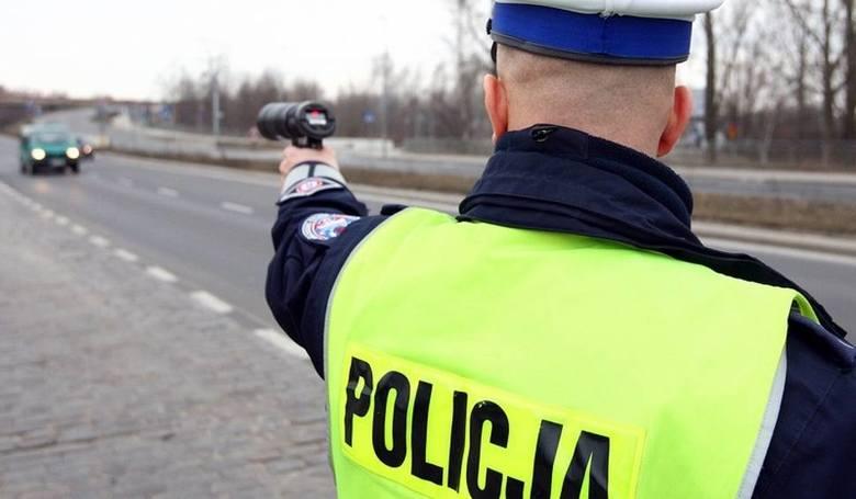 """1. Przekraczanie dopuszczalnej prędkości. W Szczecinie są ulice gdzie obowiązuje """"40"""", nie mówiąc już o strefie zamieszkania, gdzie"""