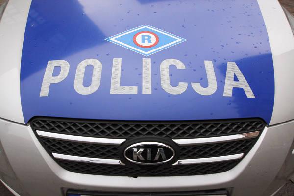 Droga wojewódzka nr 647 została zablokowana po wypadku w rejonie miejscowości Zabiele - Zakaleń