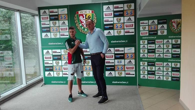 Śląsk zaprezentował pięciu nowych piłkarzy