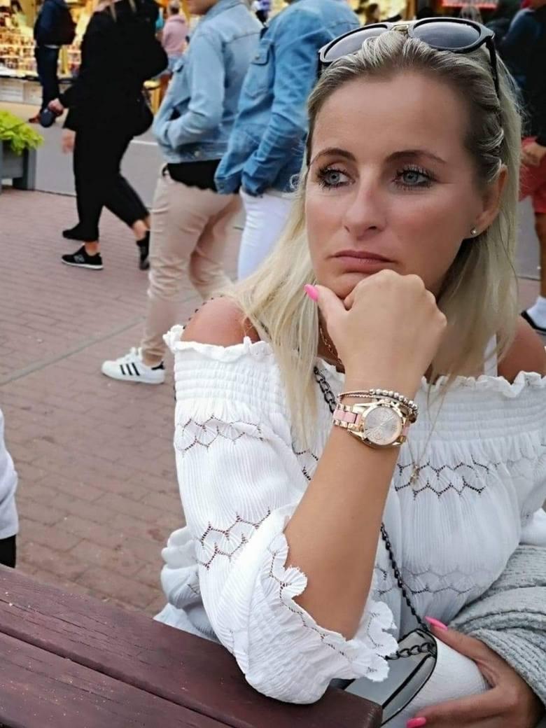 Sprzedawczyni Roku ze Skierniewic<br /> <strong>Katarzyna Kwaśniewska</strong> ze sklepu Tania Odzież na Wagę Mix. Zdobyła 363 głosy. Zajmuje 9. miejsce w rankingu wojewódzkim.