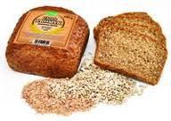 Promyk to typ chleba ciemnego, dość ciężkiego, z całymi ziarnami