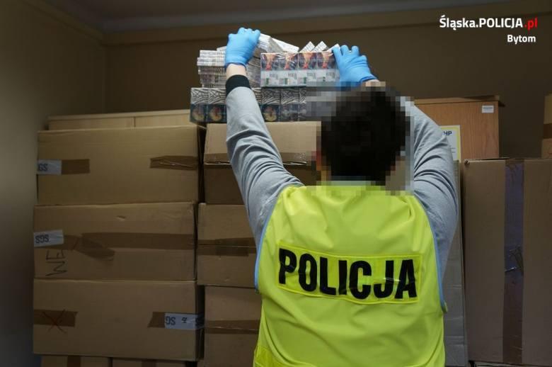 Policjanci z Bytomia przejęli ponad 240 tys. szt. papierosów bez polskich znaków akcyzy.