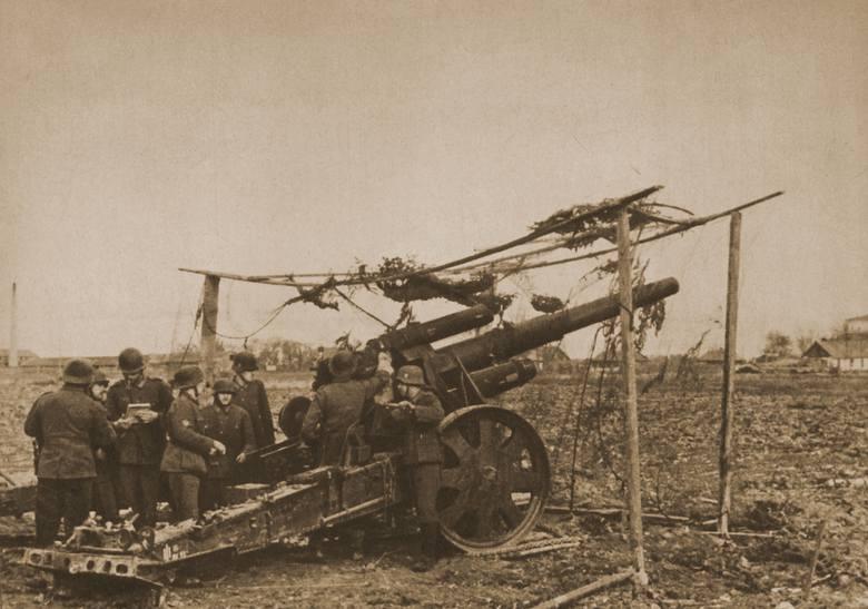 Stanowisko artyleryjskie Błękitnej Dywizji (1942 r.)