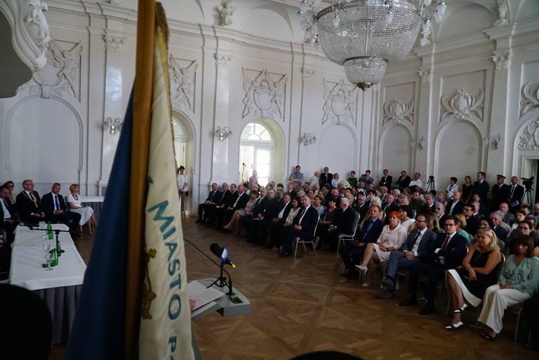 29 czerwca, w dniu patronów Poznania – św. Piotra i Pawła – rajcy miejscy i dostojni goście spotykają się na uroczystej sesji. W tym roku wyjątkowo,