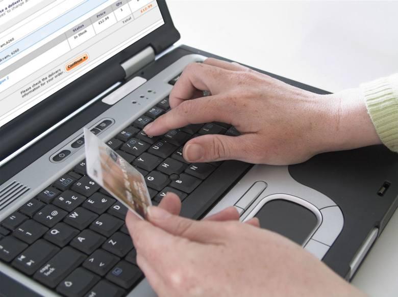 Najważniejszą zmiana, jaka nastąpi 14 września, jest wprowadzenie przez banki dwustopniowego uwierzytelniania w procesie logowania do konta internetowego