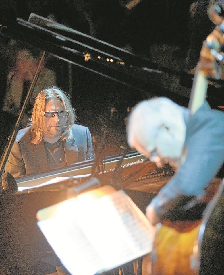 Ciekawsze od wizualizacji było obserwowanie porozumienia między muzykami (na zdjęciu Leszek Możdżer i Lars Danielsson)